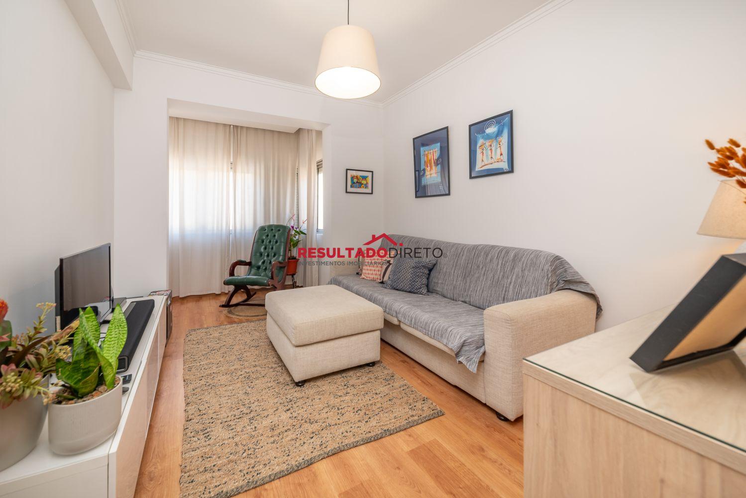 Venda Apartamento T2+1